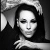 Model wins big break  in online competition