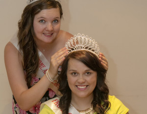Carnival Queen 2013 Kelly Pleasants crowns Charlotte Mill as Frome  Carnival  Queen 2014
