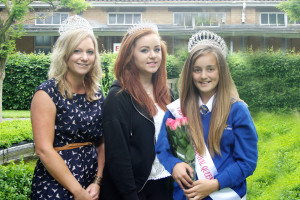 (l-r) Carnival Queen Vicky Hart, Miss Teenager Yasmin Gattiker, and Children's Queen Jessica Cook.